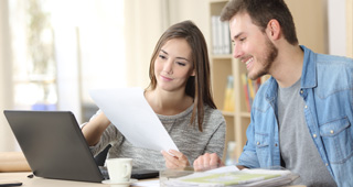 Debt Agreements vs Bankruptcy: Which Is Right for Me?